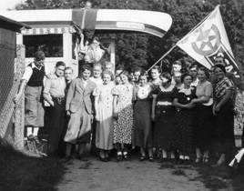 Abfahrt zur Regatta in Gemünden (1939)